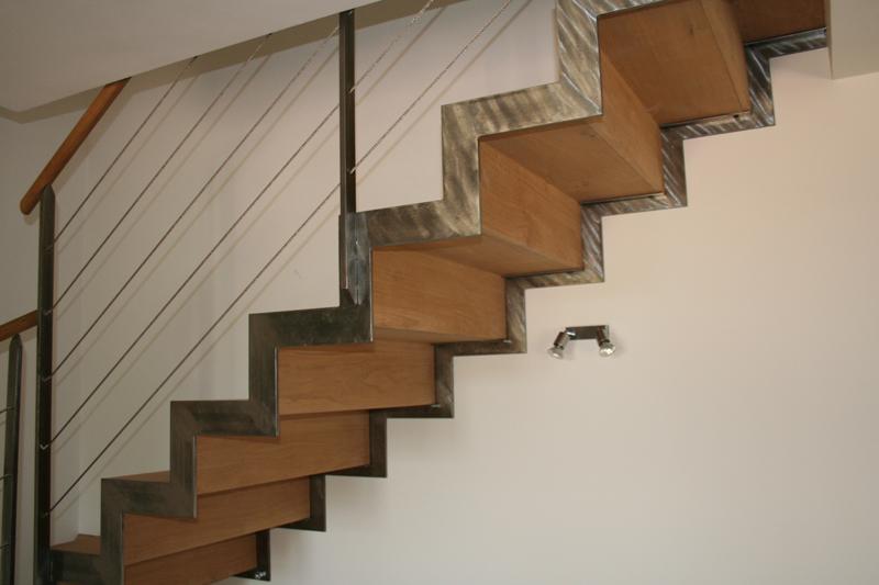 Forge de vulcain escalier m tallique nos r alisations d for Decoration escalier en bois